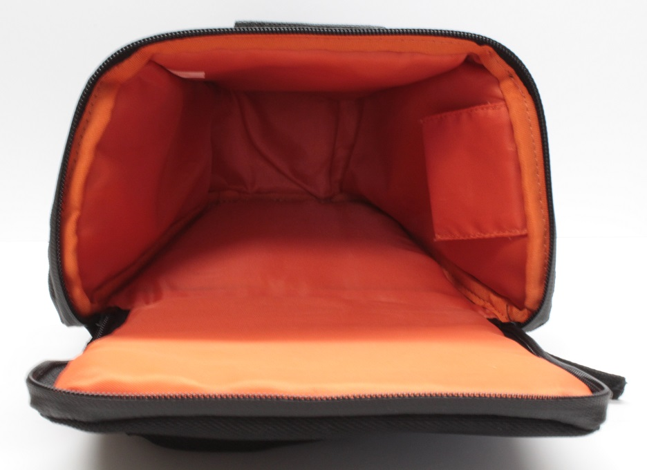 camera-bag-inside