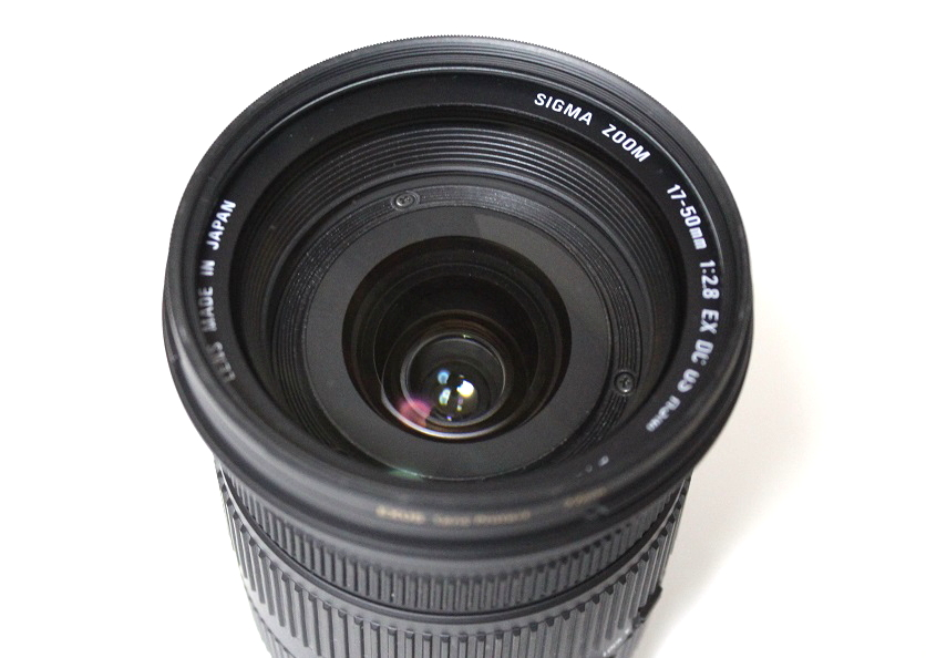 17-50mm F2.8 front